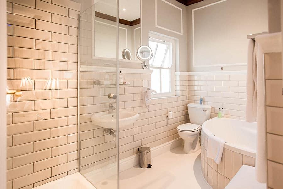 Junior suite hotel bathroom