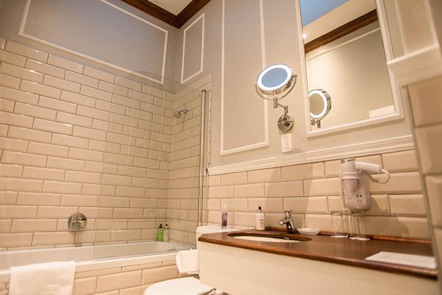 Hotel bathroom basin and bath