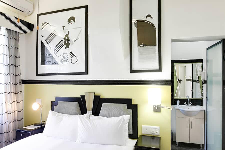 Art Deco self catering bedroom apartment